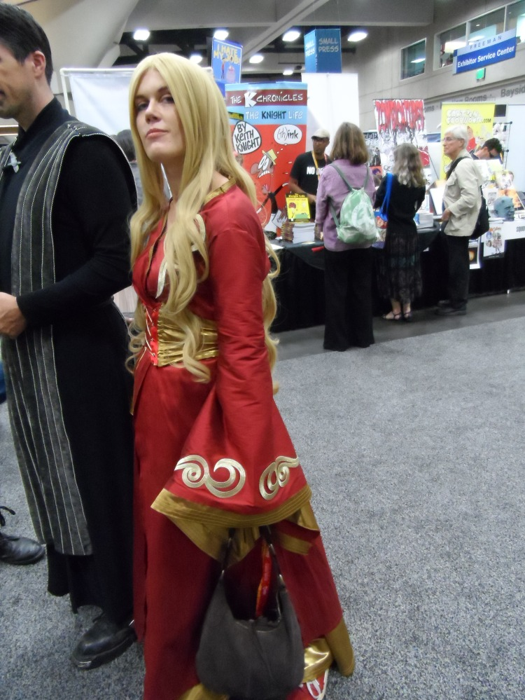 Queen Cersei Cosplay at SDCC Comic Con Photographed by Eva Halloween
