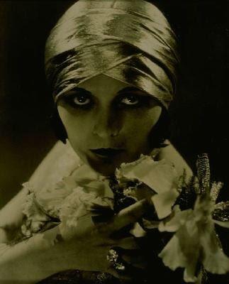 Pola Negri - Vamp