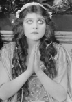 """Theda Bara in """"Romeo and Juliet"""" - 1916"""