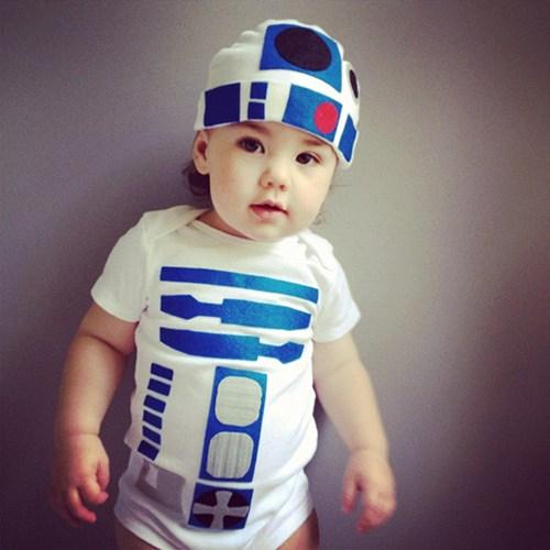 Baby R2D2