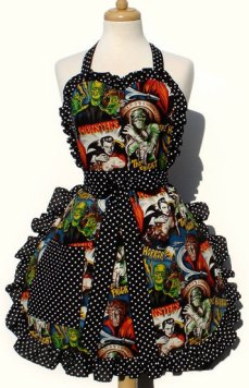 Retro Horror Apron via Etsy by Vintage Galeria