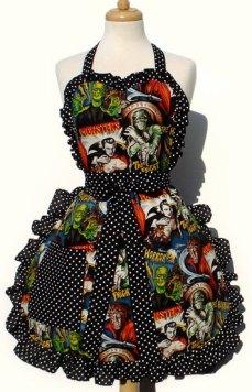 Retro Horror Apron via Etsy by Vintage Galeria