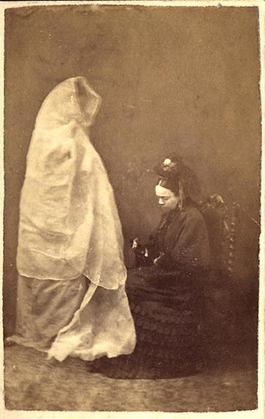 1872 Lady Helena Newenham And The Spirit Of Her Daughter