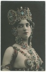 Unnamed model on postcard by Reutlinger Photography of France.