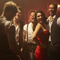 Kelly Brook Channels Jessica Rabbit in Lawson Music Video