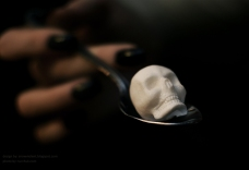 Sugar Skull in Spoon by Snow Violent via Haute Macabre