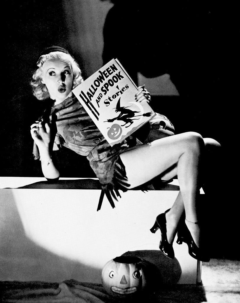 Betty Grable Halloween Pinup Vintage