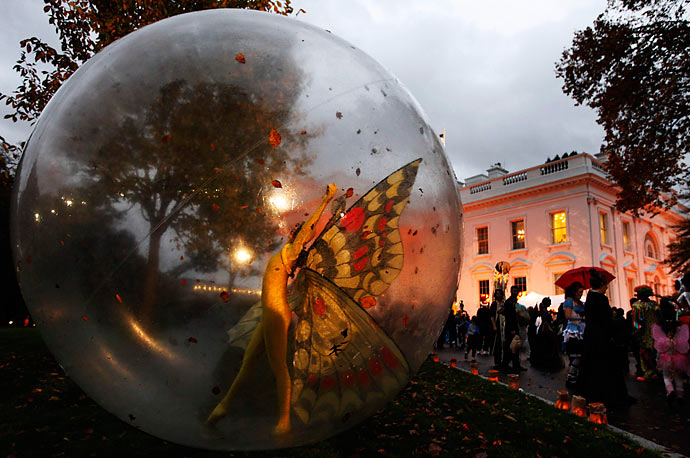 MANUEL BALCE CENETA for AP Halloween is celebrated on the North Lawn of the White House on October 31, 2009