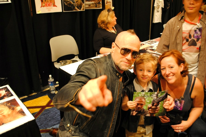 Michael Rooker (Merle Dixon on The Walking Dead) at DragonCon 2013 by ChooFabulous