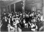 1907 New Year's Eve celebration at Restaurant Martin in New York City via BeforeIt'sNews