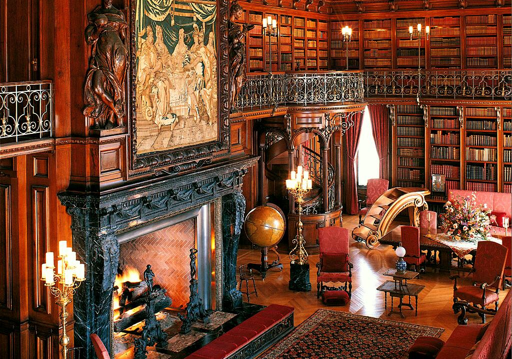 Biltmore estate library via gdfalksen for Is biltmore estate haunted