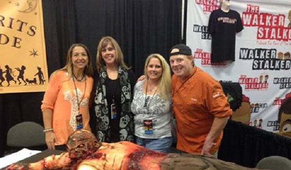 Laura (second from the left0 and friends at Walker Stalker Con Atlanta