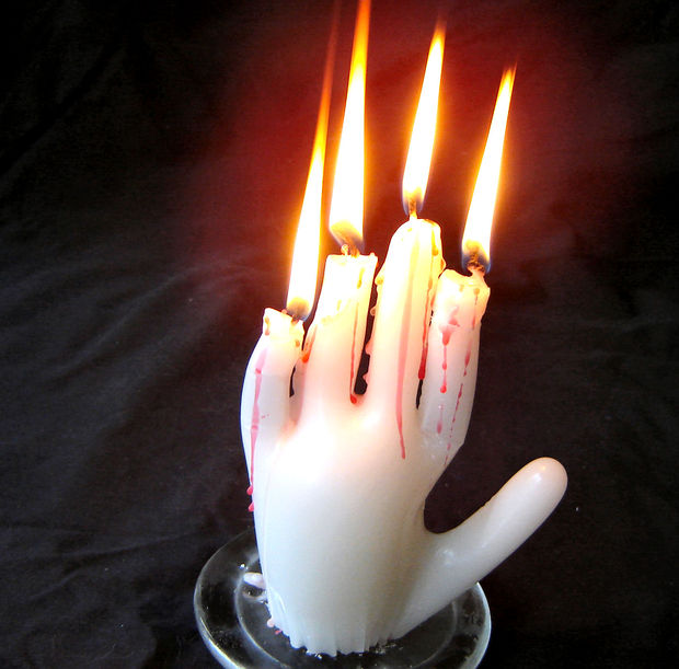 The Spell Of The Dead Mans Hand Diy Hand Of Glory Candle Prop