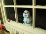 Creepy Snowman at the Window by Sam Hill on flickr via Diply