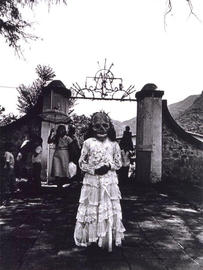 Primera comunión First communion - Chalma, State of Mexico, 1984 - Graciela Iturbide